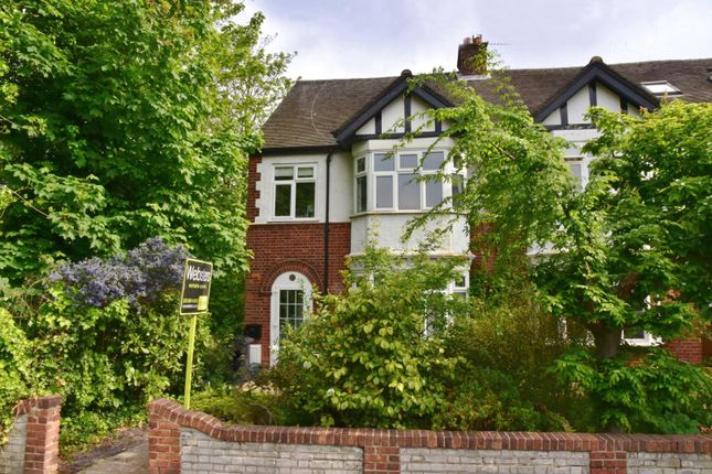 2 Bed Maisonette For Sale In Park Road Hampton Hill