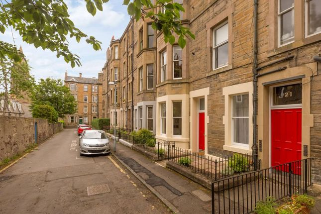 Thumbnail Maisonette for sale in 21/7 Viewforth Gardens, Edinburgh