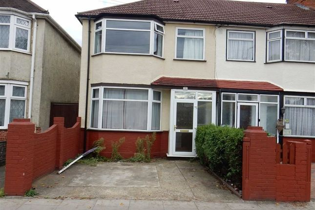 Thumbnail End terrace house to rent in Brent Road, Southall, Middlesex
