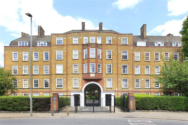 Flat for sale in Archer House, Vicarage Crescent, Battersea