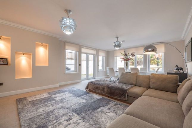 Thumbnail Semi-detached house to rent in Essex Brae, Barnton