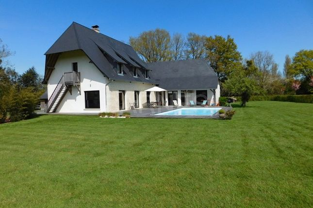 Thumbnail Property for sale in Saint-Pierre-Azif, France