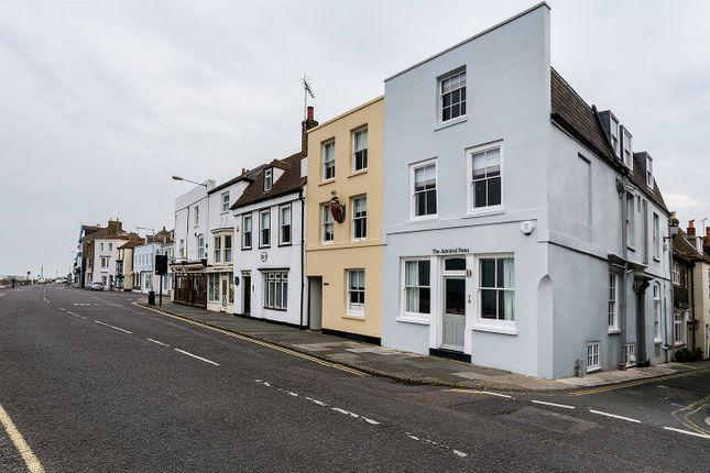 Thumbnail Town house for sale in Beach Street, Deal