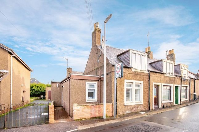 Thumbnail Flat for sale in Manse Road, Crossgates, Cowdenbeath