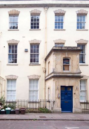 Thumbnail Maisonette to rent in Cornwallis Crescent, Clifton, Bristol