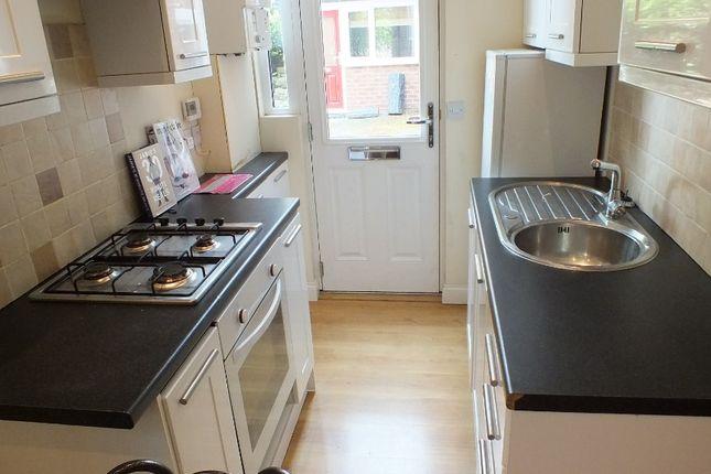Thumbnail Flat to rent in Morris Lane, Leeds, West Yorkshire