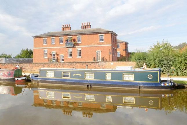 2 bed flat for sale in Trent Court, Stafford Road, Stone ST15