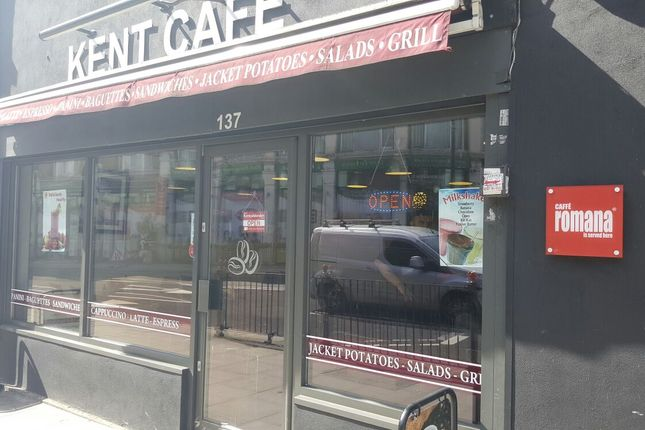 1 bed flat to rent in Restaurant/Cafe To Let, Kentish Town Road