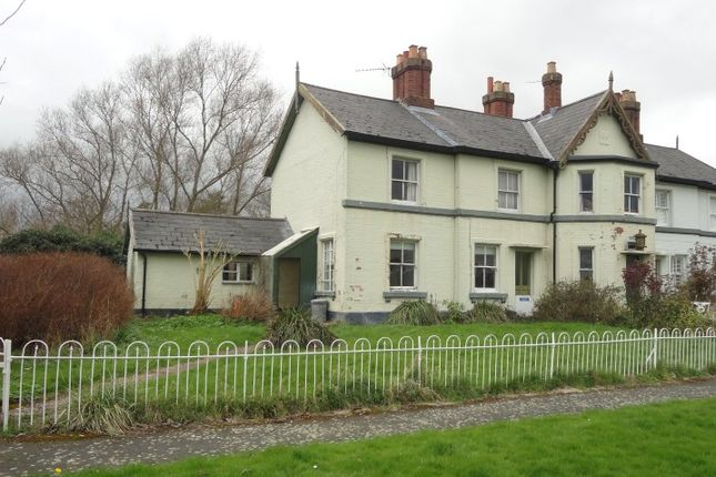 Thumbnail Cottage for sale in 3 Lock Cottage, Diglis Dock Road, Worcester, Worcestershire