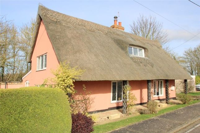 Thumbnail Cottage for sale in Colchester Road, Coggeshall, Colchester