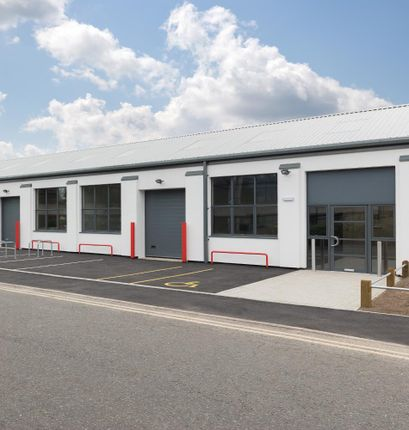 Industrial to let in 290 Aberdeen Avenue, Slough Trading Estate