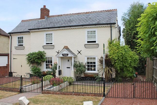 Thumbnail Detached house for sale in Old Lyndhurst Road, Cadnam, Southampton