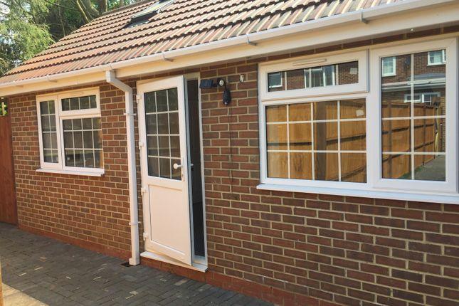 Thumbnail Flat to rent in Longhook Gardens, Northolt