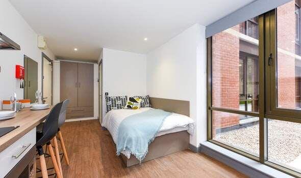 1 bed flat to rent in Great Patrick Street 28-30, Belfast BT1