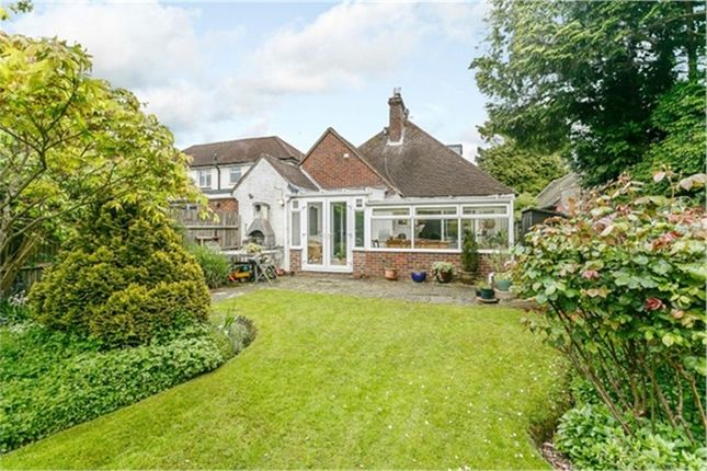 Thumbnail Detached house for sale in Moat Road, East Grinstead, West Sussex