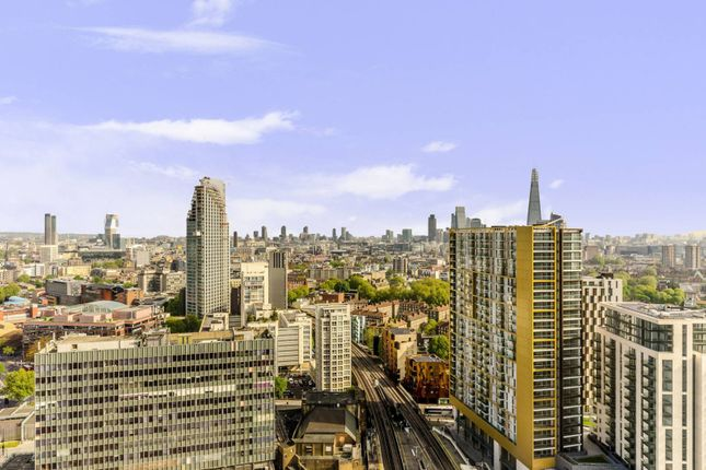 Thumbnail Flat for sale in Walworth Road, Elephant And Castle