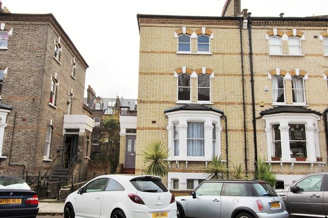 3 bed maisonette for sale in Edith Road, Bounds Green, London