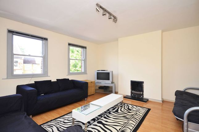 Thumbnail Flat to rent in Carnavon Road, Stratford