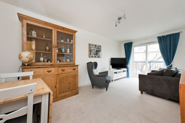 2 bed flat for sale in Westbourne Drive, Forest Hill