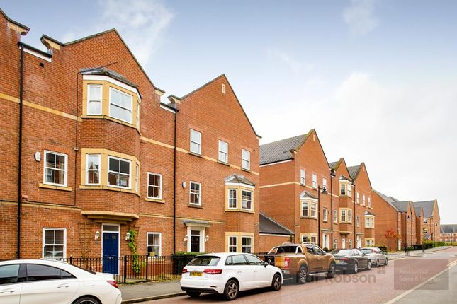 Thumbnail Property to rent in Featherstone Grove, Gosforth, Newcastle Upon Tyne