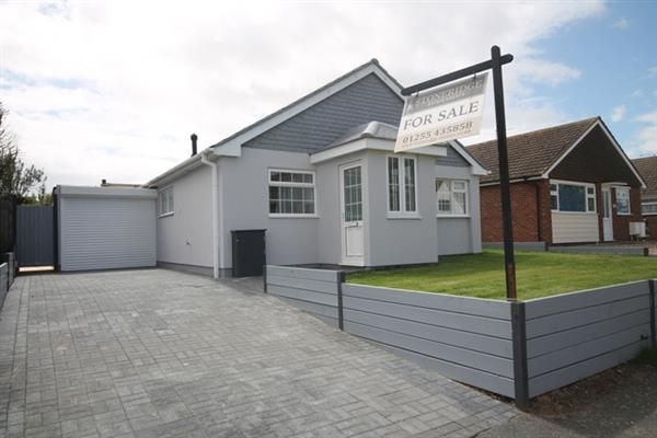 Thumbnail Bungalow for sale in Fleetwood Avenue, Holland-On-Sea, Clacton-On-Sea