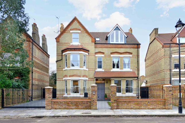 Thumbnail Detached house to rent in Grange Park, London