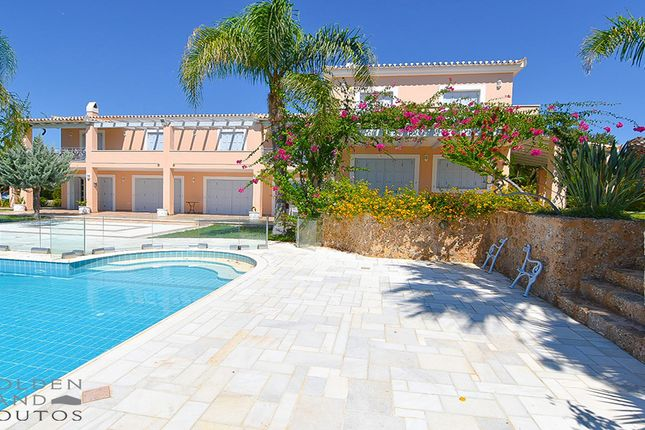 Villa imposing in porto heli ermionida argolis for Greece waterfront property for sale