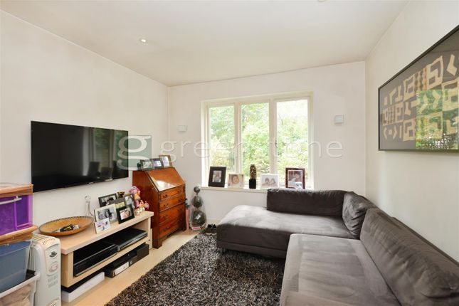 Thumbnail Property to rent in Clifton Hill, St John's Wood