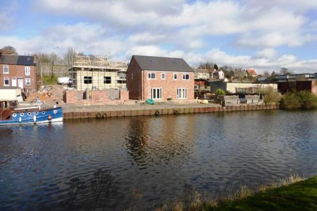 Thumbnail Town house for sale in Market Street, Mexborough
