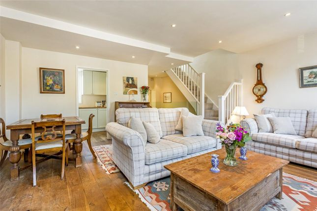 Thumbnail Maisonette for sale in Broughton Road, Sands End, Fulham Broadway, Fulham