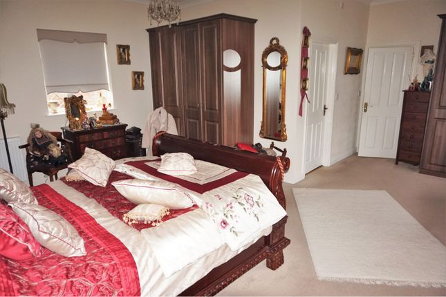 Bedroom One of Maytree Drive, Kirby Muxloe, Leicester LE9