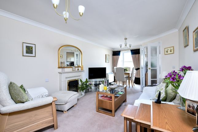 Thumbnail Property for sale in Leicester Road, New Barnet, Barnet