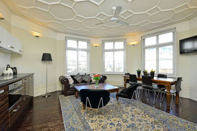 Thumbnail Flat to rent in Charing Cross Road, Covent Garden