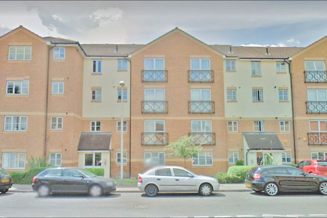 Thumbnail Flat to rent in Friars Close, Newbury Park