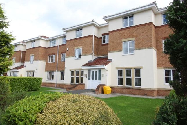Thumbnail Flat for sale in Regency Gardens, Hyde