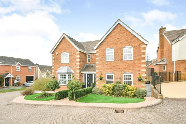 Thumbnail Detached house for sale in Field Rise, Swindon