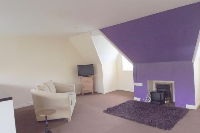Thumbnail Flat to rent in Flat 4, 2 Pier Road, Milford Haven