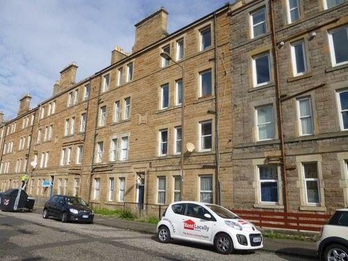 Thumbnail Flat to rent in Stewart Terrace, Edinburgh