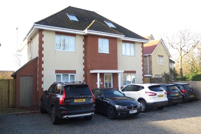 Thumbnail Property to rent in Oxford Road, Wokingham, Berkshire