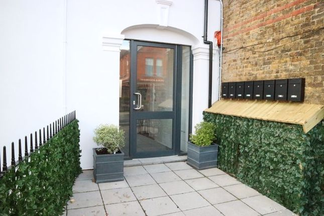 Photo 35 of Canbury House, Selection Of 7 Luxury 1, 2 And 3 Bedroom Apartments, Richmond Road, North Kingston KT2