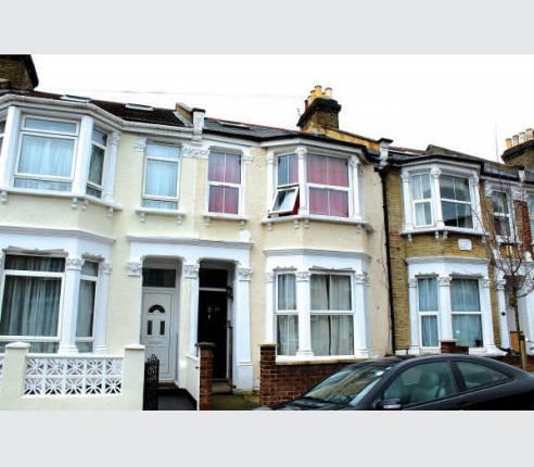 Thumbnail Terraced house to rent in Graveney Rd, Tooting Braodway