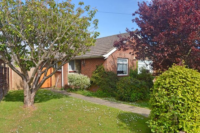 Thumbnail Detached bungalow for sale in Horndean Road, Emsworth, Hampshire