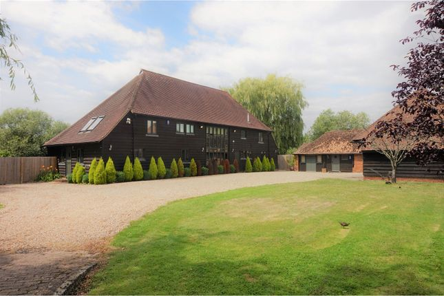 Thumbnail Detached house for sale in Etchden Court, Ashford