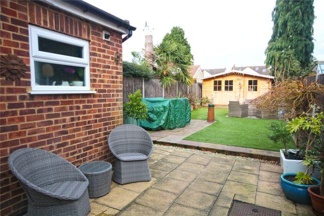 Addlestone Surrey Kt15 3 Bedroom Semi Detached House For Sale 46532485 Primelocation