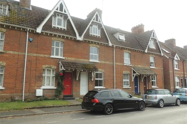 Thumbnail Cottage to rent in Mill Street, East Malling, West Malling
