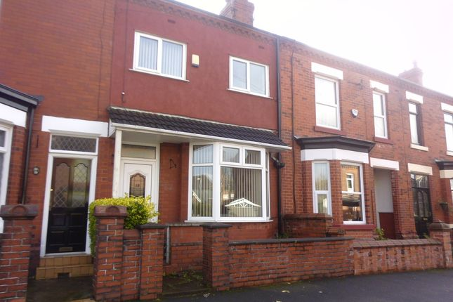 Thumbnail Terraced house to rent in Silver Hill, Hyde