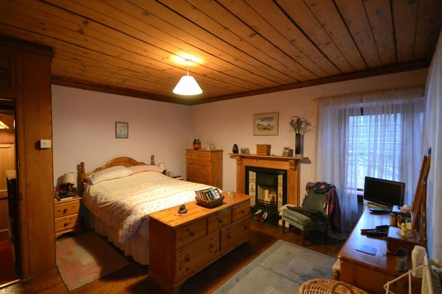 Bedroom 1 of Cenarth, Newcastle Emlyn SA38