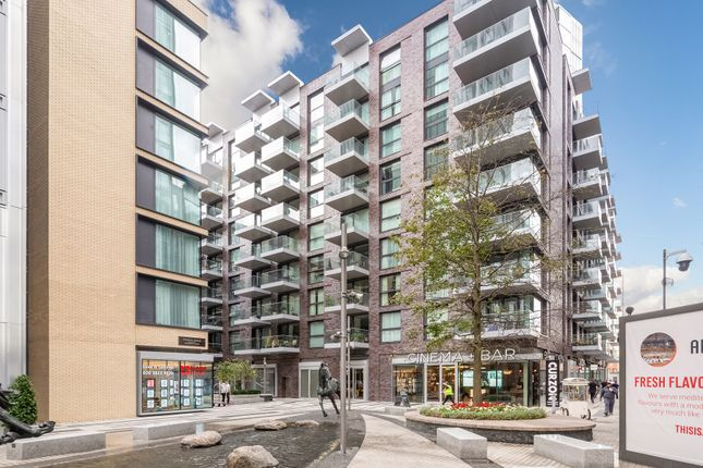 Thumbnail Flat to rent in Catalina House, Canter Way, Aldgate