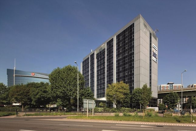 Thumbnail Office to let in Brentford