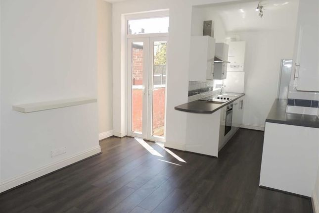 Thumbnail Terraced house to rent in Ladysmith Street, Shaw Heath, Stockport